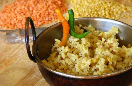 אורז מלא עם גזר, כרוב ועדשים
